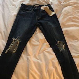 721 High Rise Skinny Levi Jeans